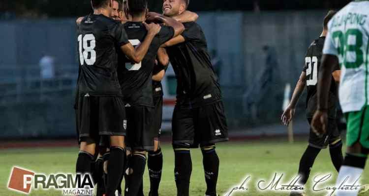 Nell'estate calda, anz caldissima, del ritorno in Serie A, il parma vince la Sportitalia Cup 2018, un triangolare con la Folgore Caratese ed il più quotato Sassuolo. Ecco tabellino e foto di Parma-Sassuolo