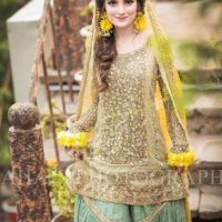 Formal Mehndi Dresses Looking Design 2020