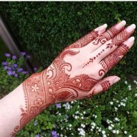 New Latest Traditional Mehndi Looking Designs 2020