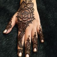Stylish Mehndi Designs Looking Design For Girls 2020