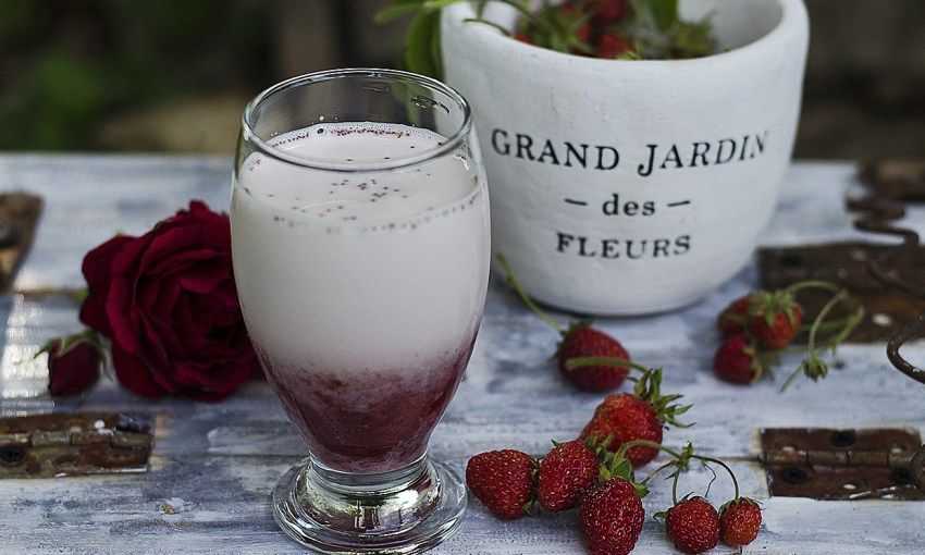 lapte cu nectar de trandafiri