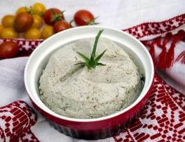 Pasta sarata de nuci si seminte, inlocuitor de post al untului/ Salty cream of nuts and seeds