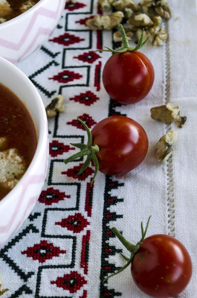 rosii cherry pentru supa de rosii