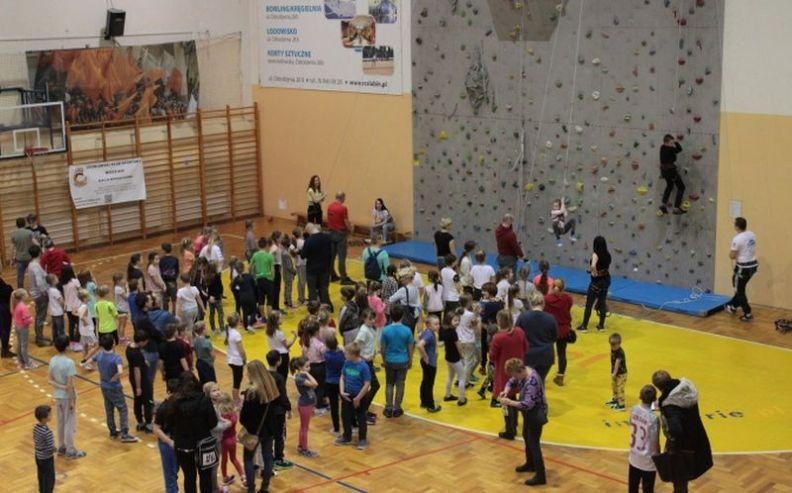 Sportowe Ferie – Zajęcia na ściance wspinaczkowej