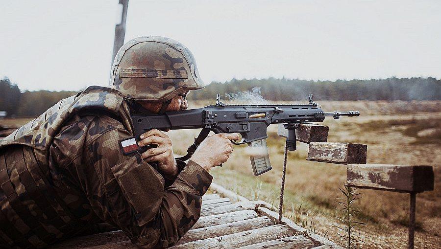 Twarda 16-tka na poligonie w Świętoszowie - foto