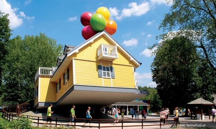 Najlepsze parki rozrywki w Polsce - Farma Iluzji