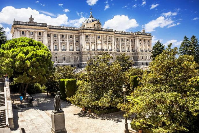 Najpiękniejsze pałace w Europie - Pałac Królewski w Madrycie