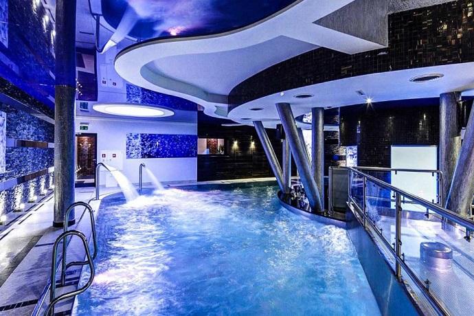 Najlepsze baseny hotelowe - Hotel Blue Diamond Active SPA