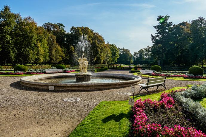 Najpiękniejsze ogrody pałacowe w Polsce - Pałac Zamoyskich w Kozłówce