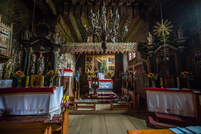Poznaj Polskę z Travelist: Podhale i Tatry - Kościłół w Dębnie