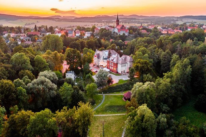 Hotel Niemcza Wino & Spa *** Niemcza, Góry Sowie