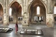 Wnętrze kościoła Św. Trójcy w Arles