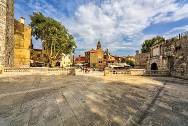 Croazia Zara Piazza dei Pozzi