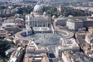 Plac św. Piotra z bazyliką