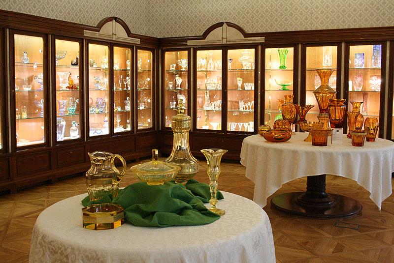 Sklep firmowy zakładów Moser (www.moser-glass.com), słynnej czeskiej wytwórni kryształów, fot. Paweł Wroński
