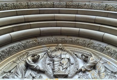 Tympanon katedralnego portalu, fot. Paweł Wronski