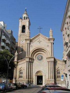 Pescara_2002_Chiesa_del_Sacro_Cuore_by-RaBoe