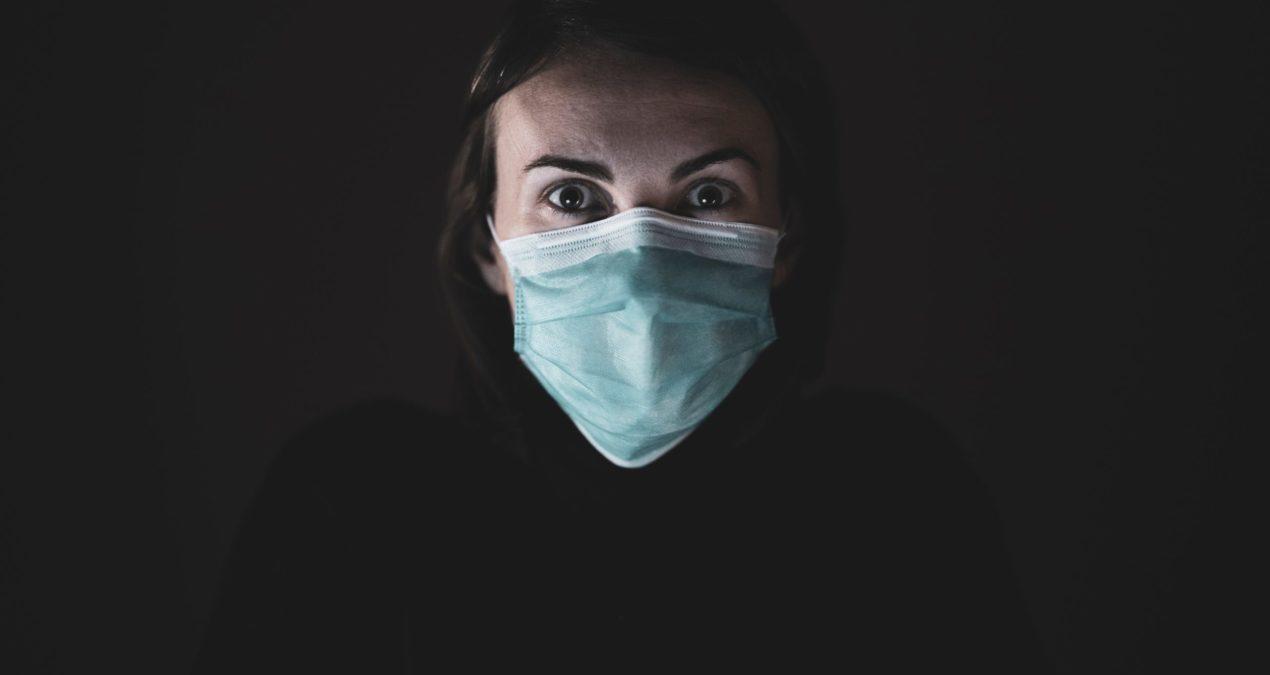 Koronawirus, maseczka i prawidłowa pielęgnacja twarzy – jak dbać o cerę?