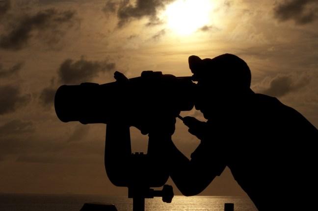 Gedanken zu beobachten schafft Distanz und nimmt ihnen die Macht.