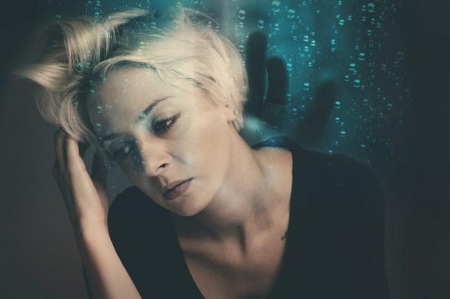 Stress verändert unseren Hormonhaushalt und kann so für Gewichtszunahme sorgen.
