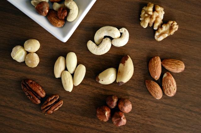 Nüsse sind natürliche Fettlieferanten.