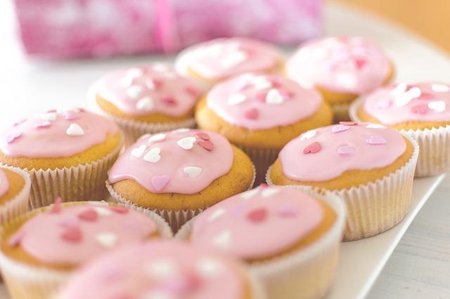 Fasten hilft, Entzündungen zu reduzieren, die auch durch zu viel Zucker entstehen.