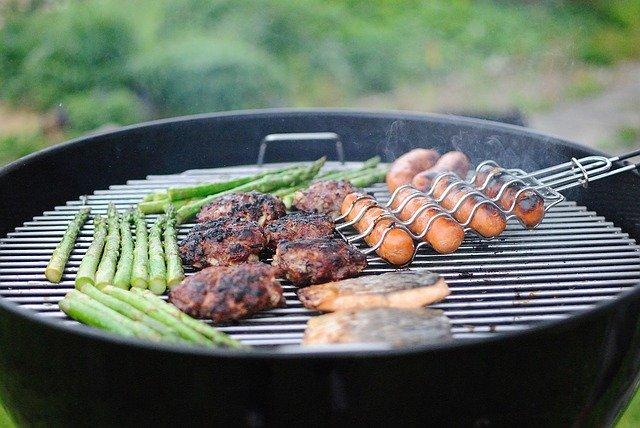 Heterozyklische Amine beim Grillen erhöhen das Krebsrisiko.