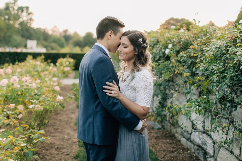 longwood gardens romantic summer engagement photography magdalena studios 0014