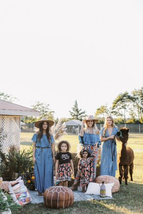 Free-Spirited and Boho Fashion Photography for the Bohemian Mama by Magdalena Studios_0019