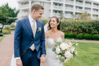Intimate and Joyful Wedding Photography in Cape May, NJ by Magdalena Studios_0013