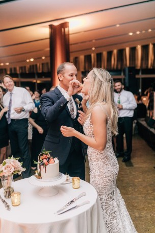 Stylish and Free-Spirited Wedding Photography at One Atlantic in Atlantic City, NJ by Magdalena Studios_0082