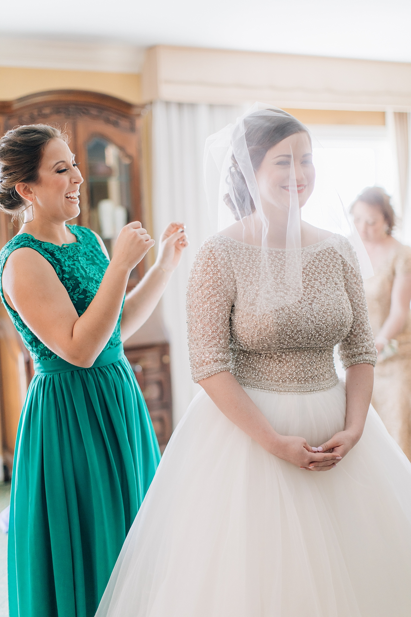 Authentic and Fun Wedding Photography in Ocean City NJ by Magdalena Studios Associate Team 0007