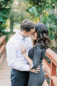 Cozy and Romantic Autumn Engagement Photography by Magdalena Studios 0003