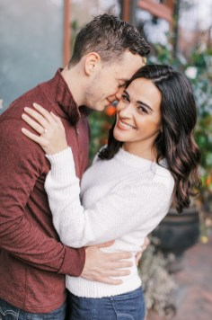 Cozy and Romantic Autumn Engagement Photography by Magdalena Studios 0014
