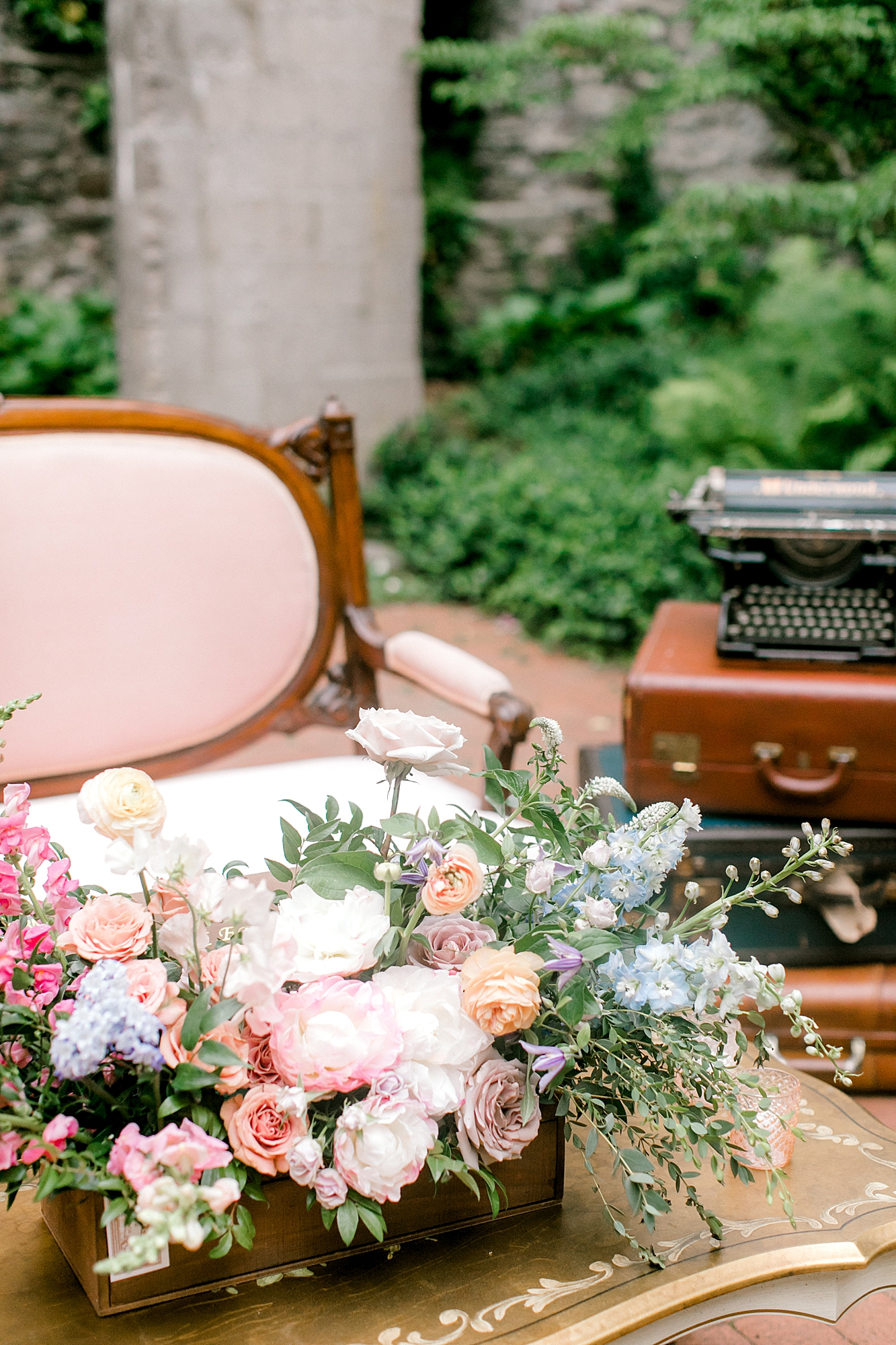 Intimate and Sweet Estate Wedding Photography by Magdalena Studios 0056