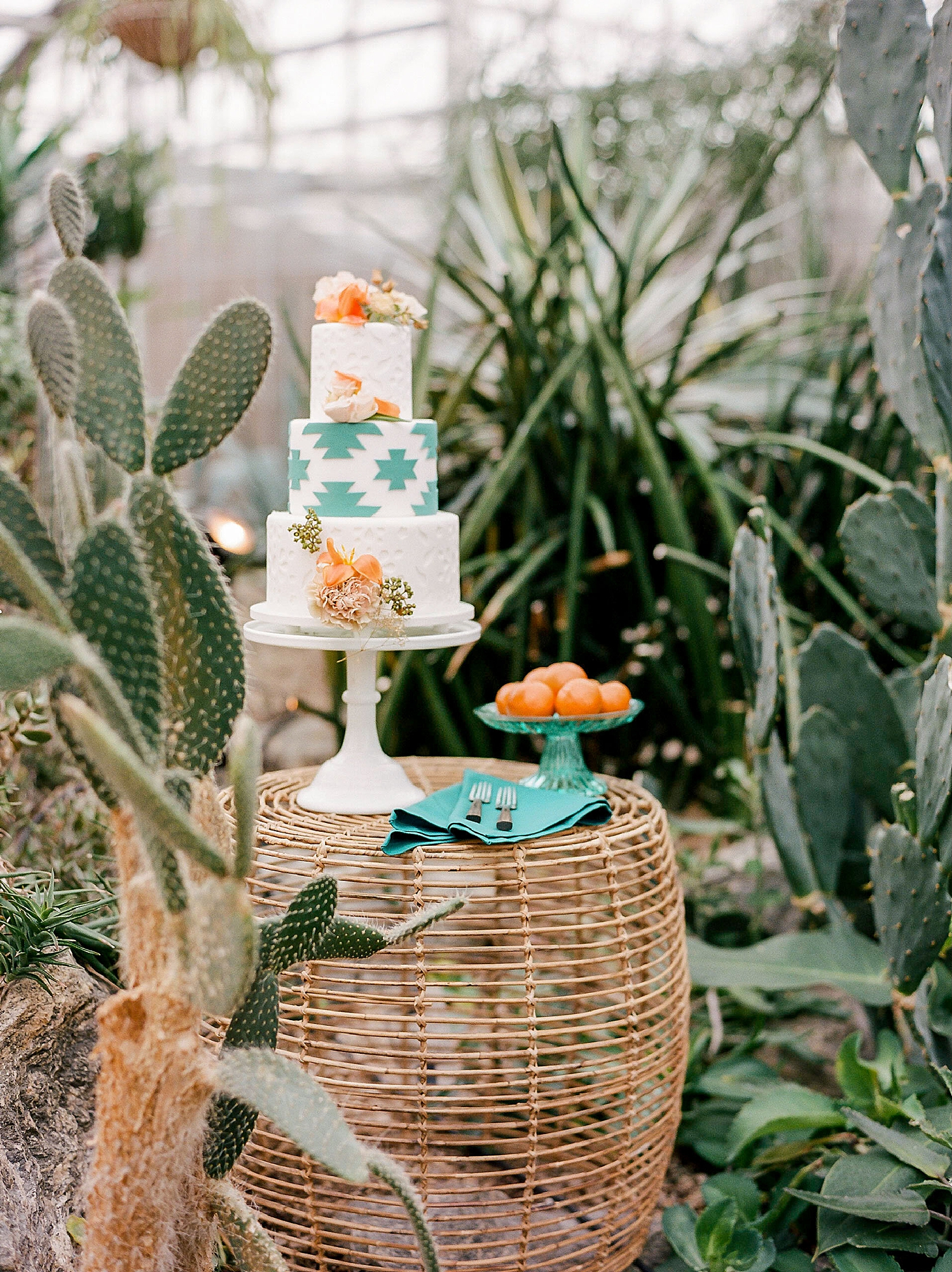 Colorful and Vibrant Wedding Photography at Fairmount Horticultural Center by Magdalena Studios 0007