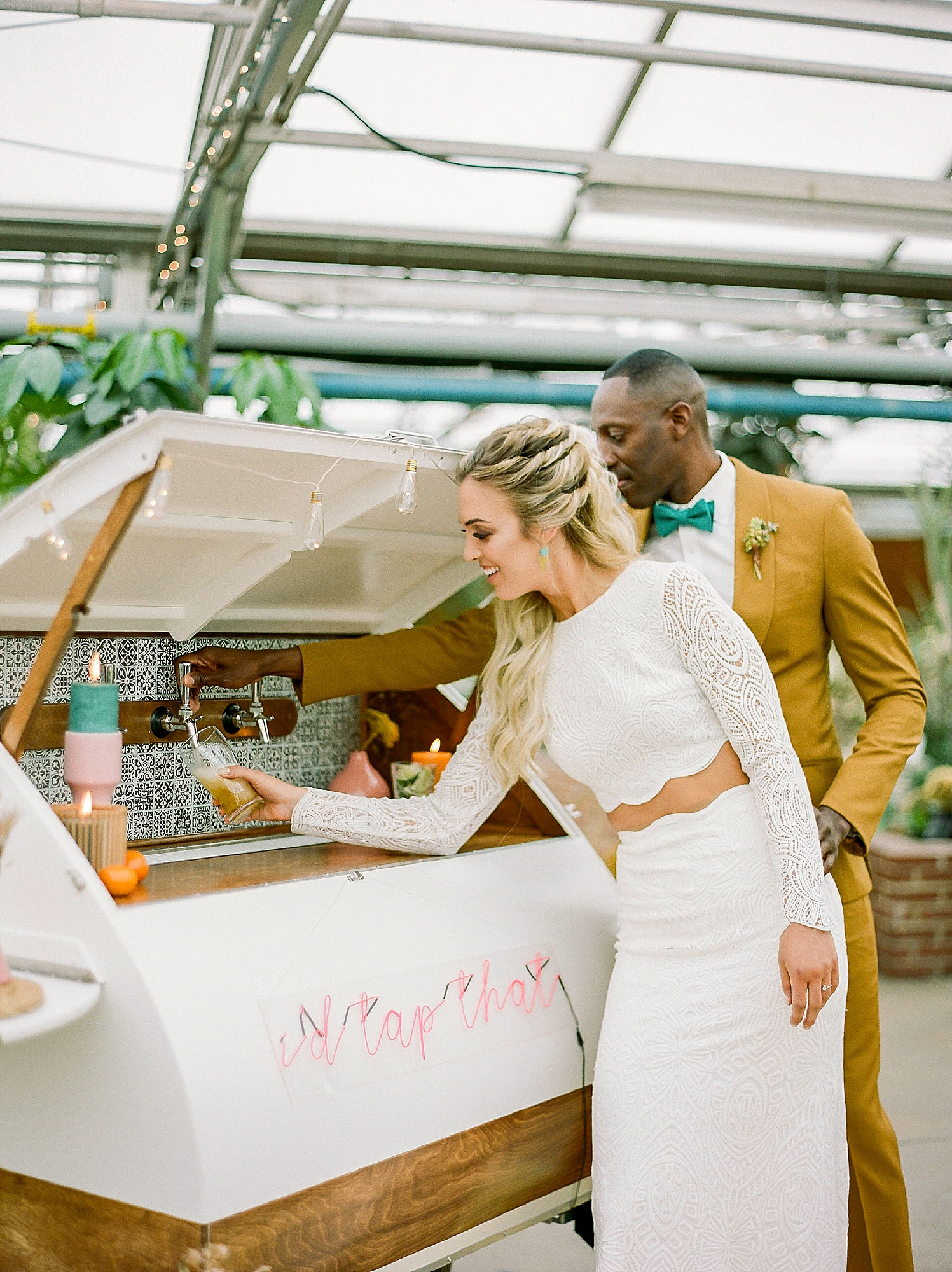 Colorful and Vibrant Wedding Photography at Fairmount Horticultural Center by Magdalena Studios 0019