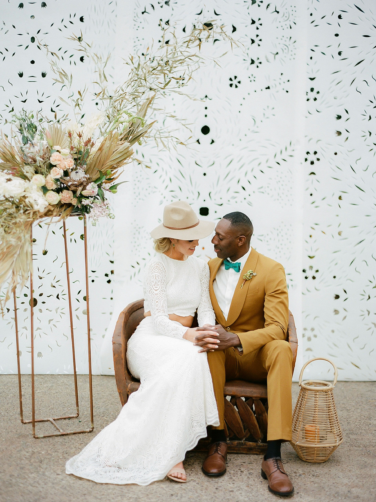 Colorful and Vibrant Wedding Photography at Fairmount Horticultural Center by Magdalena Studios 0044