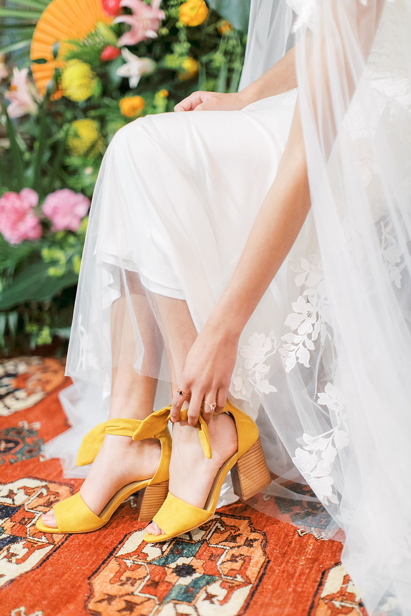 Vibrant and Colorful Frida Kahlo Inspired Wedding Photography by Magdalena Studios 0008