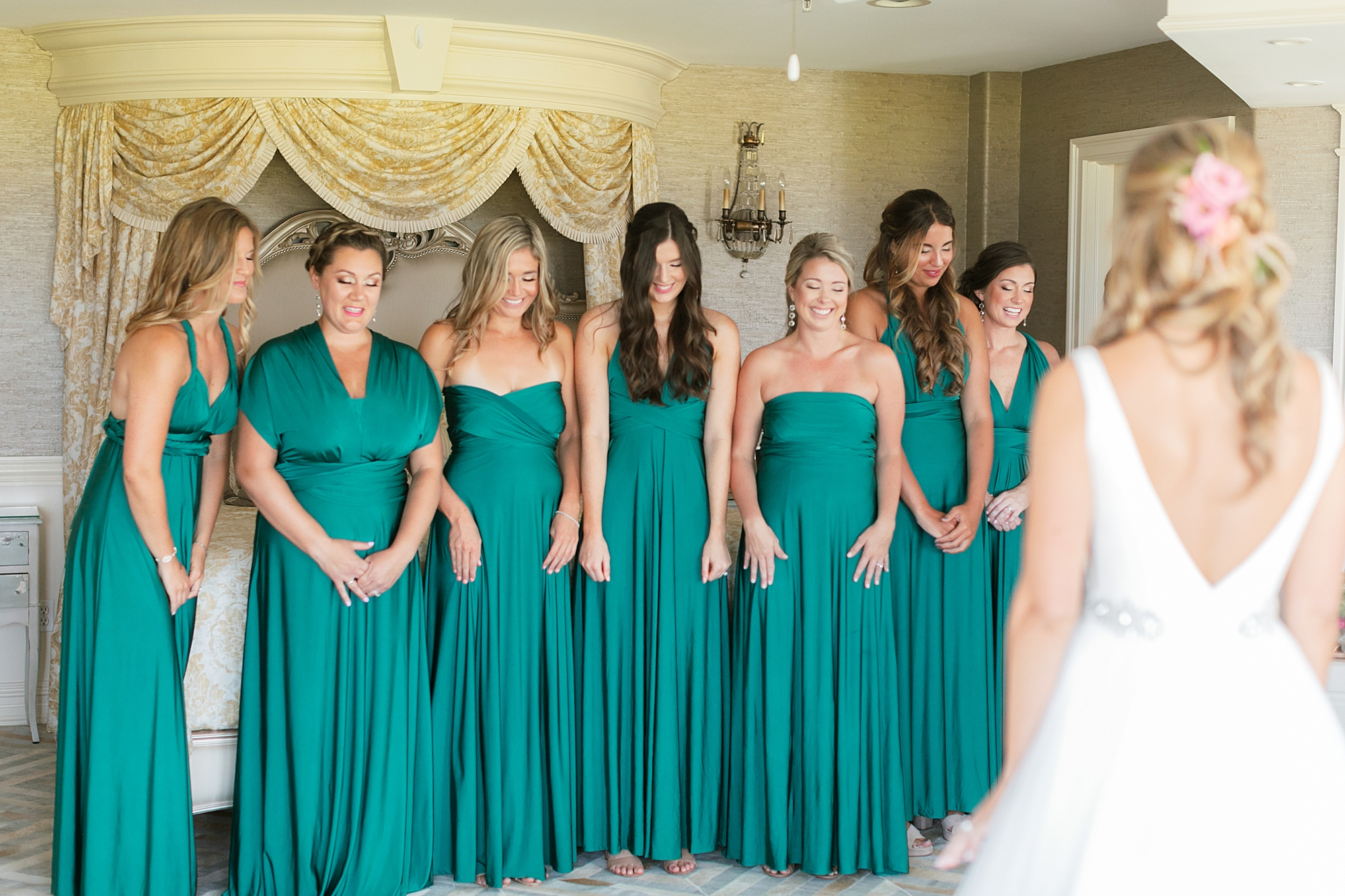 bridal party first look at bonnet island estate