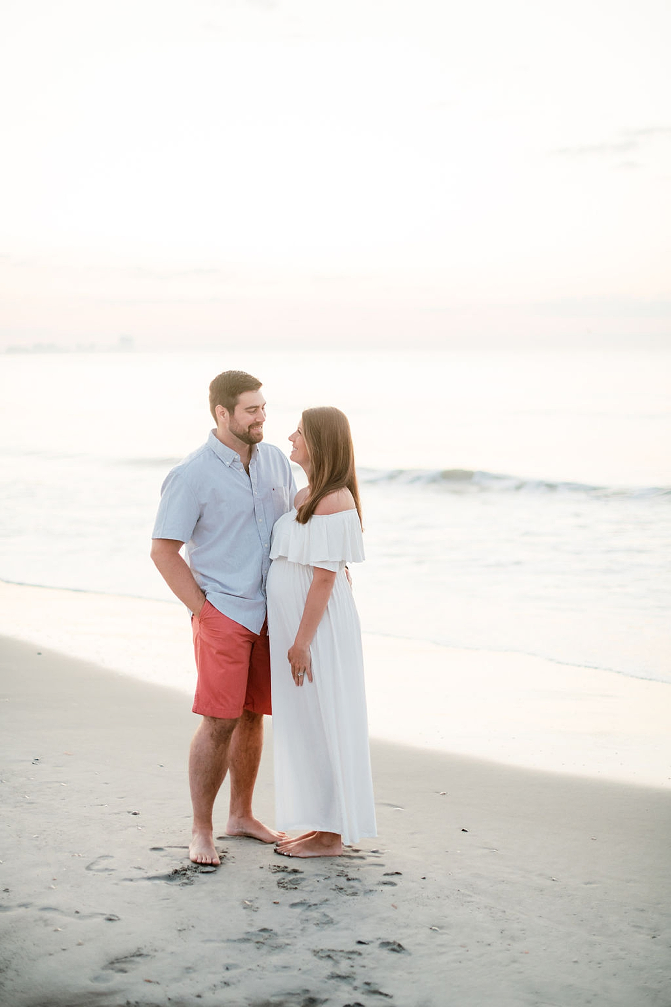 Glowy and Romantic Maternity Photography in Ocean City NJ by Magdalena Studios 0001