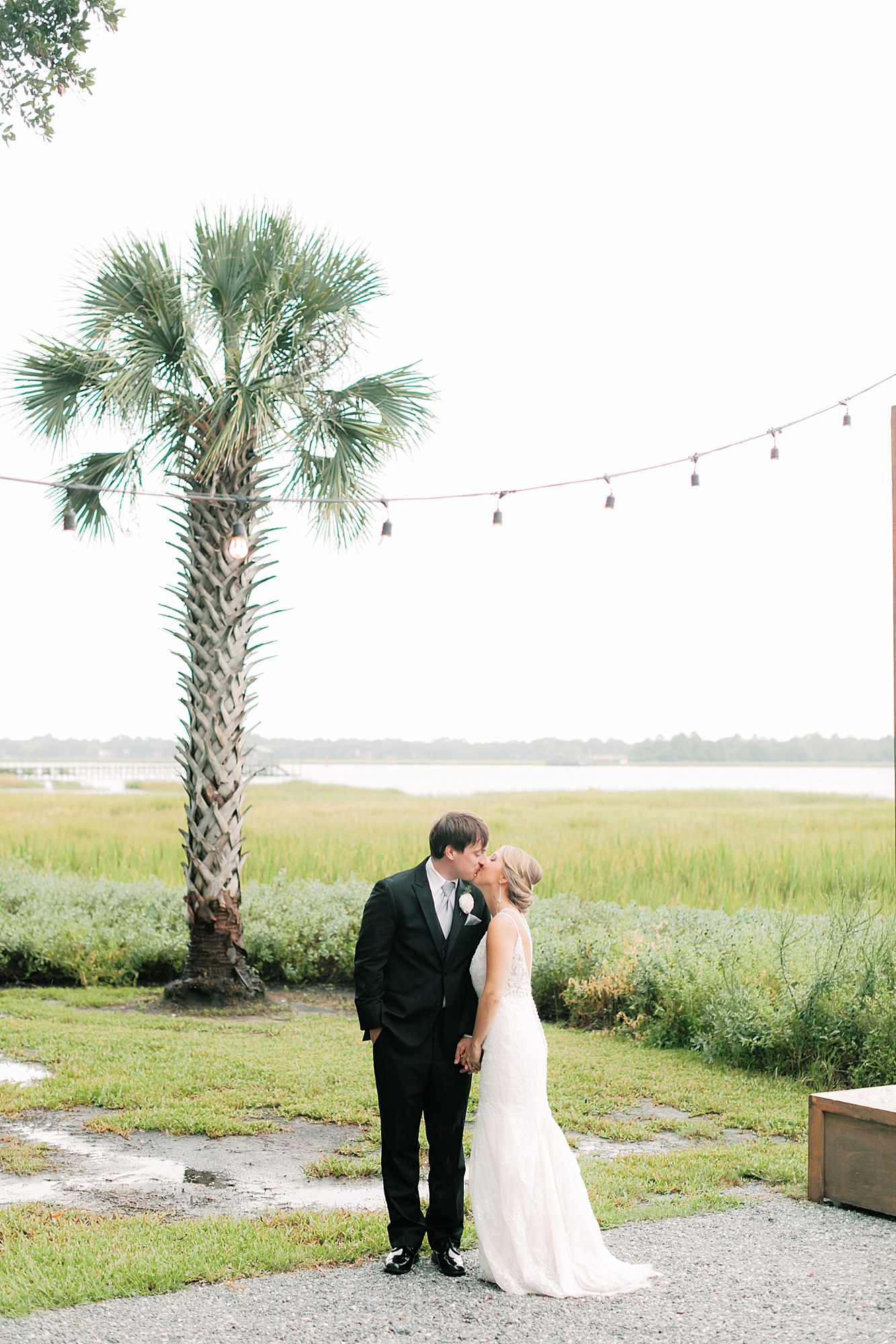Lowndes Grove Plantation Charleston Film Wedding Photographer Magdalena Studios67