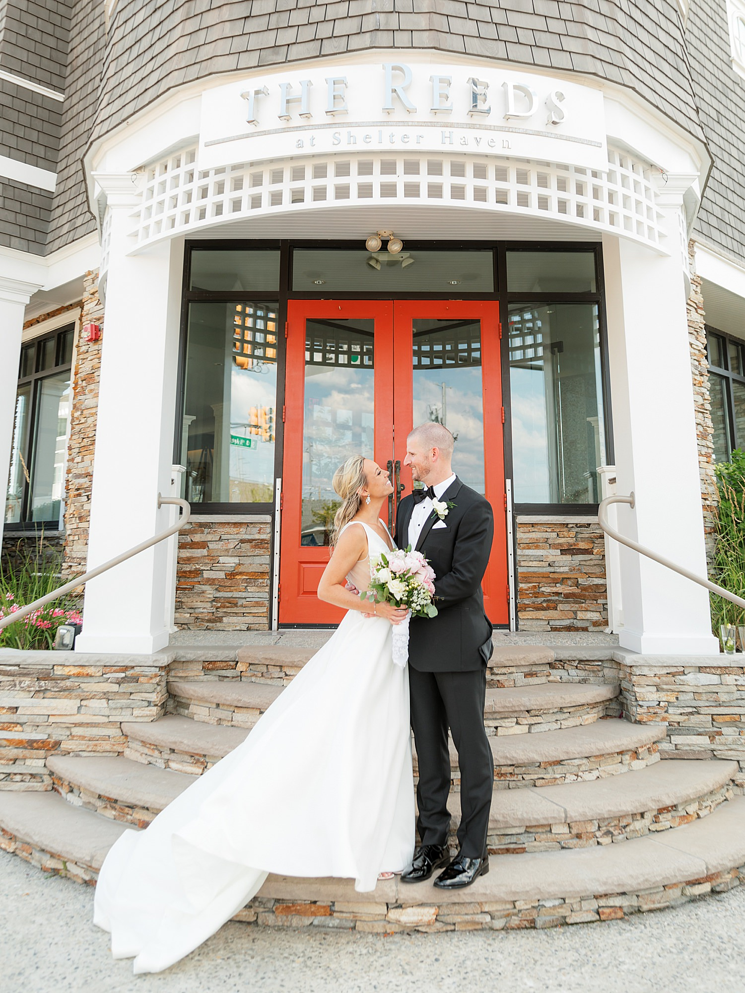 Natural and Vibrant Wedding Photography at the Reeds in Stone Harbor NJ by Magdalena Studios 0036