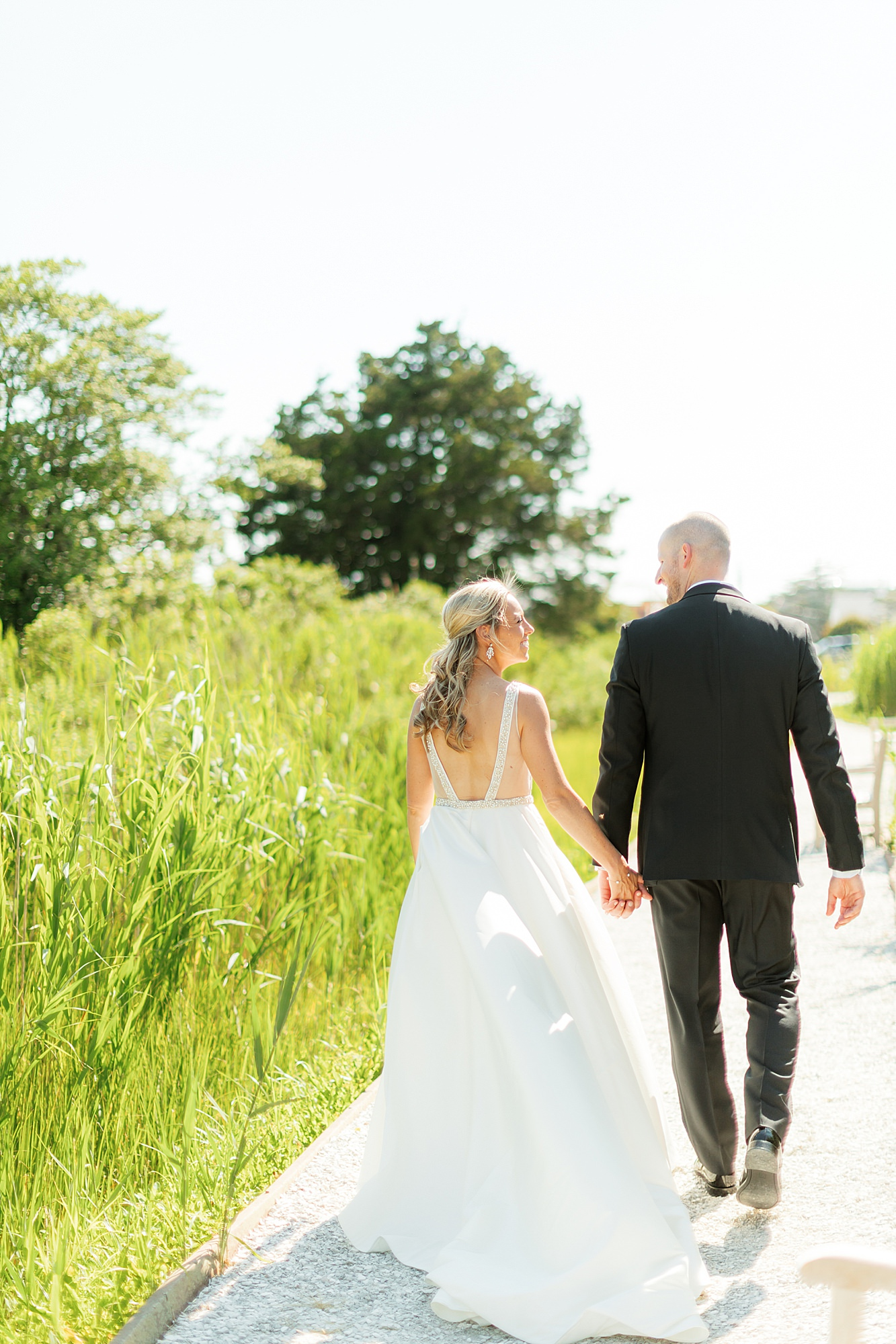 Natural and Vibrant Wedding Photography at the Reeds in Stone Harbor NJ by Magdalena Studios 0037