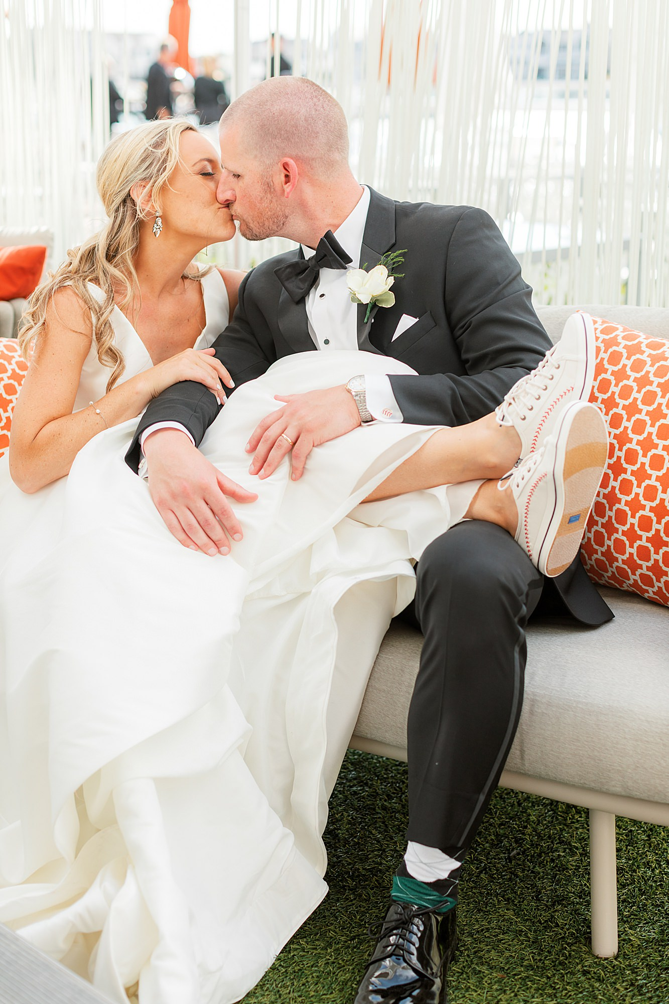 Natural and Vibrant Wedding Photography at the Reeds in Stone Harbor NJ by Magdalena Studios 0048