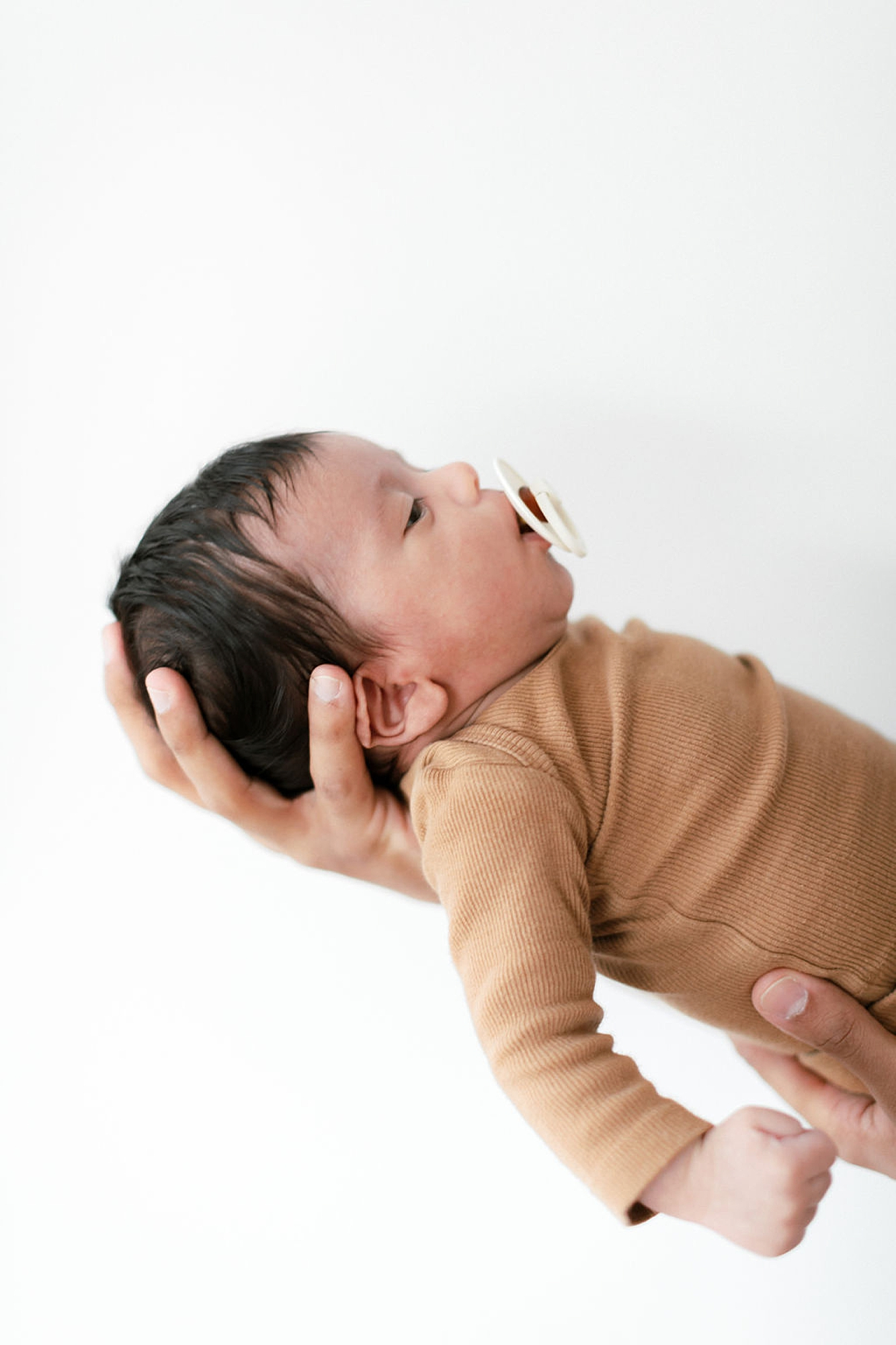 Lifestyle Home Newborn Session Family Portraits NYC by Magdalena Studios26
