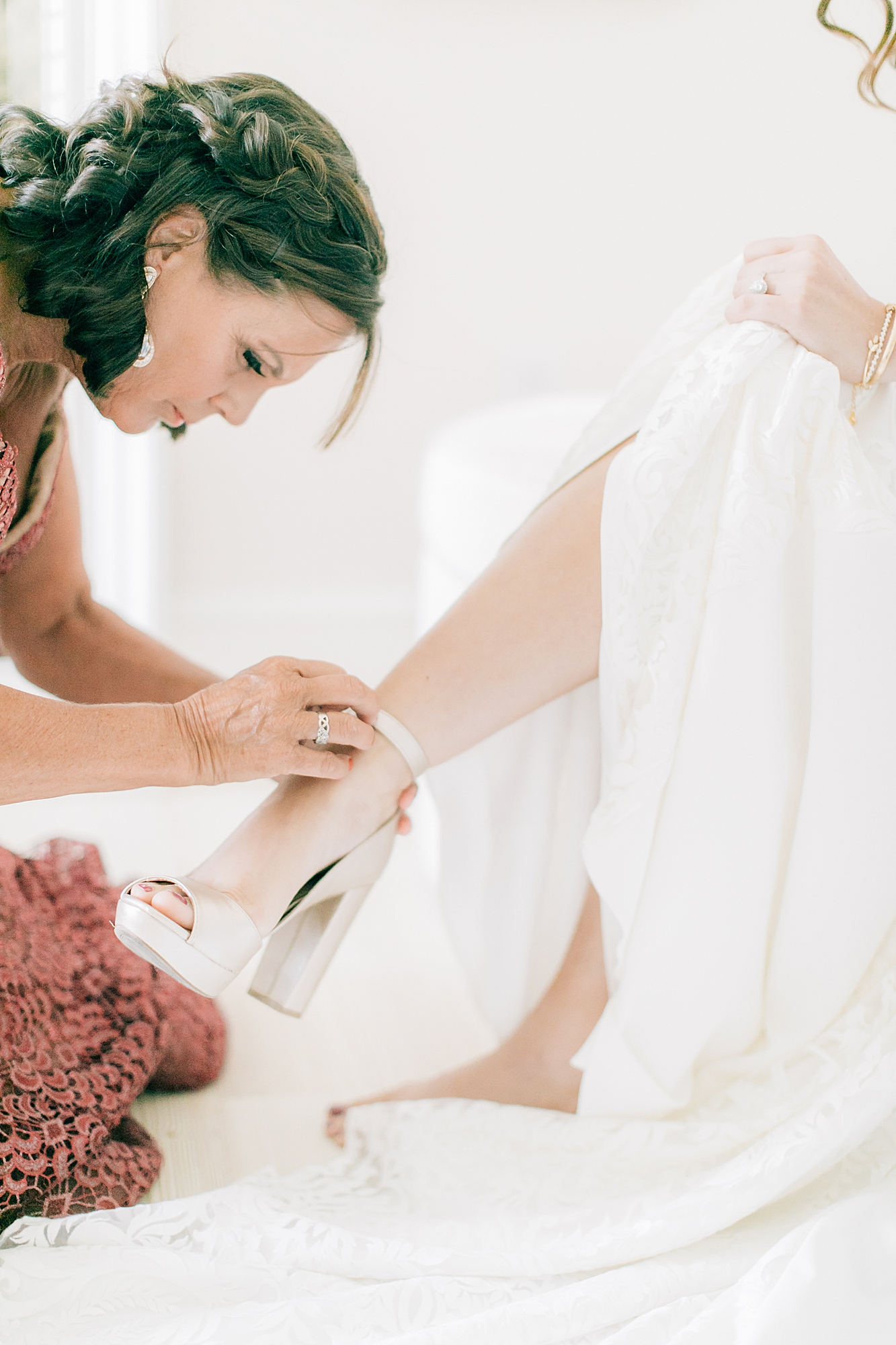 Linwood Country Club Film Wedding Photography by Magdalena Studios South Jersey Wedding Photographer 8