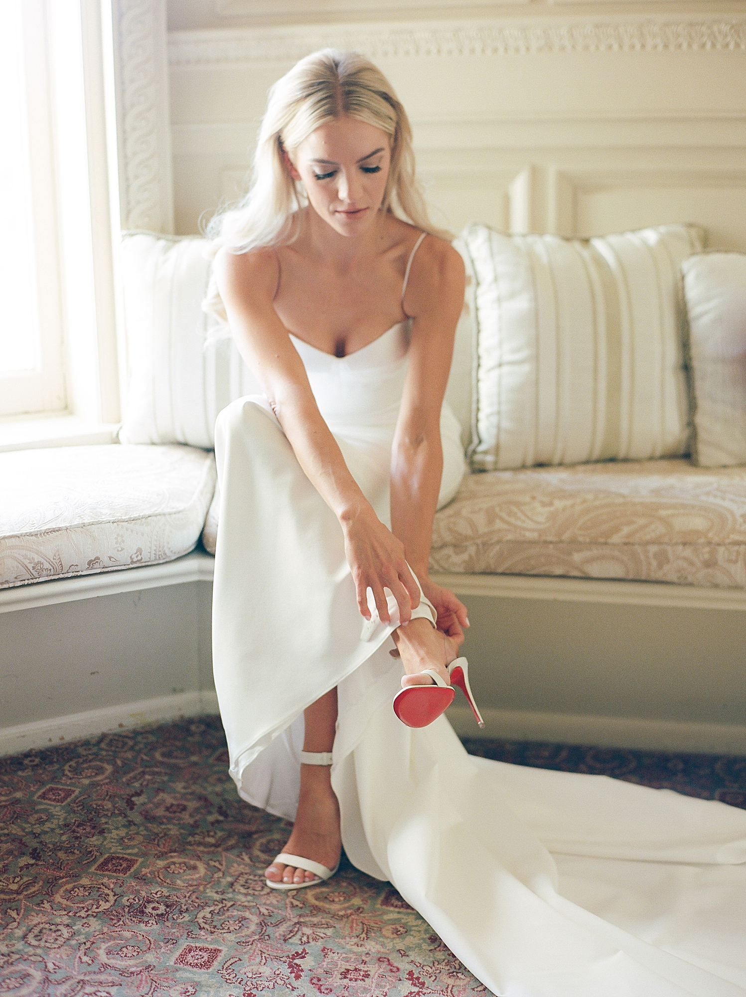 Film Wedding Photography at Cairnwood Estate by Magdalena Studios 0008