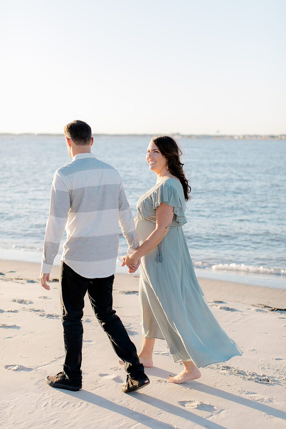 Ocean City NJ Maternity Portrait Photography by Magdalena Studios 0005 scaled