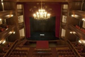 El Teatro Español reabre su cartelera de espectáculos 2016